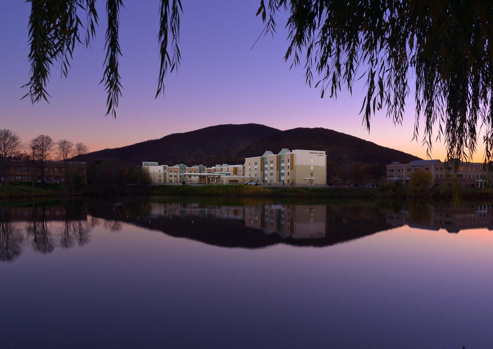 Residence Inn / Springhill Suites